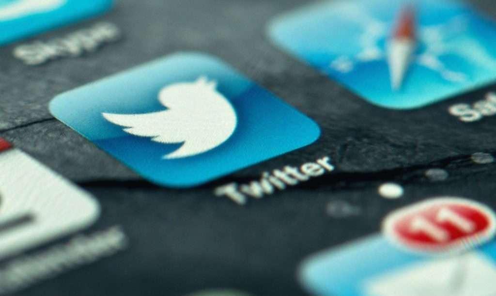 10 twitter Apps to make your Social Media life easier